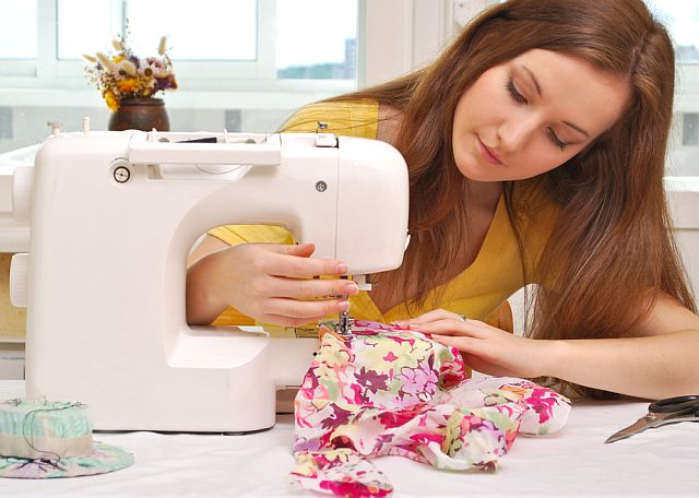 4 Things You Should Never Say to a Person Who Sews