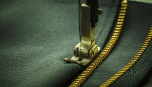 4 Helpful Tips for Applying Zippers to Sewing Projects