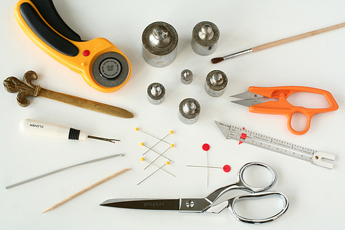 Tools used in sewing.