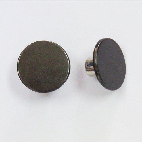 Shank buttons.