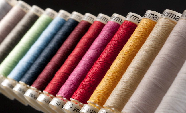 How to Choose the Perfect Thread for Sewing Project