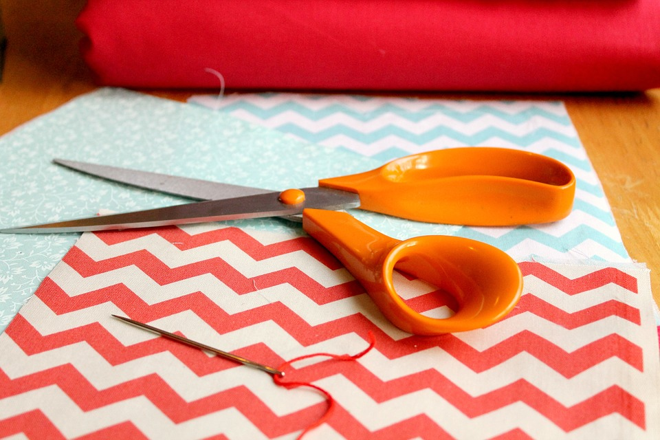Choosing the Right Fabric for An Easy Sewing Project